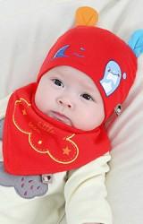 เซ็ตหมวกเด็กเล็กแต่งหูสกรีนโลมาพร้อมผ้ากันเปื้อน TIANYIBEAR