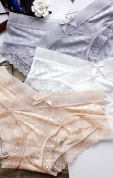 กางเกงในคนท้องเอวต่ำ ผ้าลื่นลายทางในตัว ขอบลูกไม้
